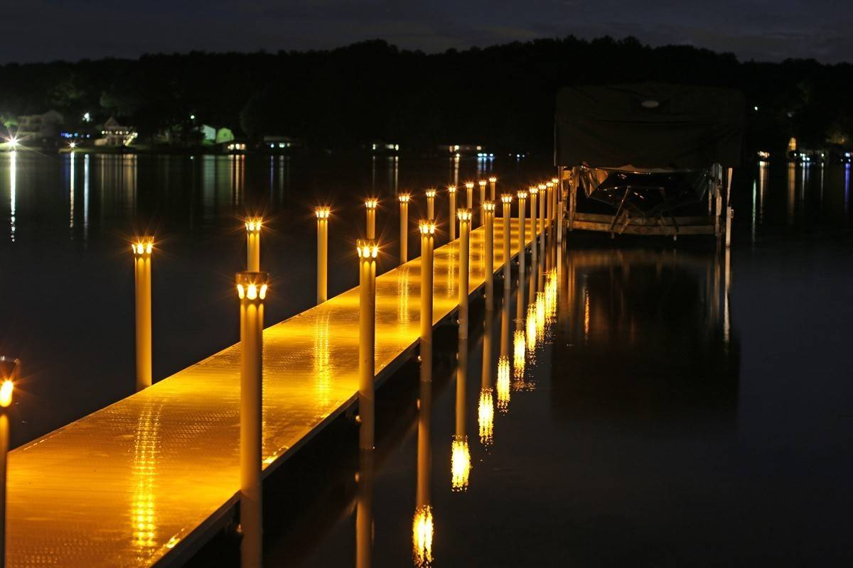Dock lighting-Brandon FL Outdoor Lighting Installers-We Offer Outdoor Lighting Services, Landscape Lighting, Low Voltage Lighting, Outdoor LED landscape Lighting, Holiday Lighting, Christmas Lighting, Tree Lighting, Canopy Lighting, Residential outdoor Lighting, Commercial outdoor Lighting, Safety Lighting, Path and Garden Lighting, Mini lights and flood lights, Landscape Lighting installation, Outdoor spot lights, Outdoor LED garden Lighting, Dock Lighting, Accent lights, Deck and patio lights, Security lights, Underwater Lighting, Tree upLighting, Outdoor Lighting repair services, and more.